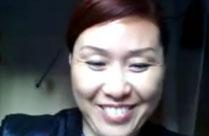 Alte China Fotze vor der Webcam