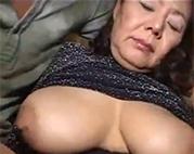 Asia Granny in Nylons