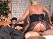 Deutschland pervers im Wohnzimmer