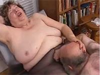 Ekel Opa leckt fette Oma