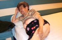 Fette notgeile Oma und andere geile Nacktbilder