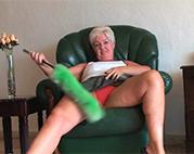 Geiler Amateur Oma Striptease
