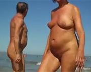 Granny FKK heimlich gefilmt