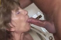 Oma hat Sex mit dem Handwerker