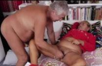 Geile Oma Nacktbilder mit siffigen Frauen