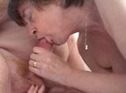 Langer Oma Porno mit vielen heissen Sex Szenen