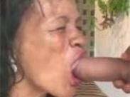 Latina Oma braucht nen dicken Schwanz