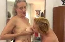 Oma und ihre junge lesbische Freundin