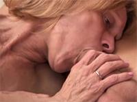 Oma Blowjob und geile Gesichtsbesamung