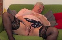 Oma ist fett und extrem notgeil