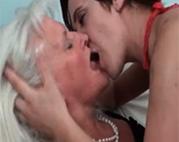 Sinnliche Oma Lesben
