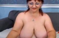 Oma hat sich eine Webcam gekauft