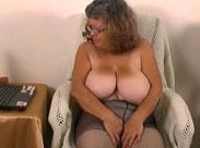 Oma will Pornostar werden