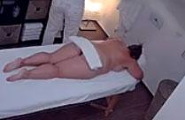 Oma bei der Sex Massage