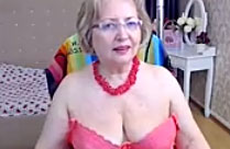 Oma macht gern Webcamsex