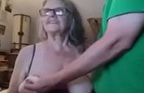 Oma und ihr Liebhaber beim Webcamsex