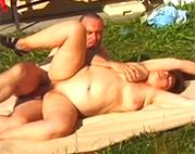 Omasex im Retro Porno ist geil