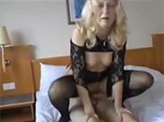 Omasex im Hotelzimmer