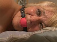Fetisch Oma fickt im Omasex Porno anal