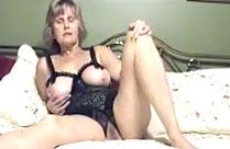 Alter Oma Amateur Porno aus den 80er Jahren
