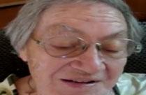 Oma darf jungen Schwanz blasen