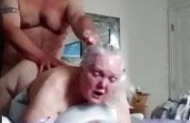 Oma steht auf Sex von hinten
