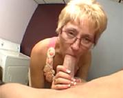 Oralverkehr Oma ist die Beste