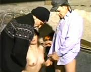 Perverse Großväter bumsen Straßennutte