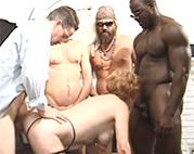 Perverser Oma Gruppensex