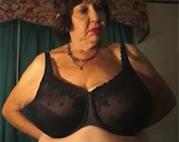 Puff Mutter vor der Webcam