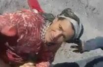 Rumänische Omma draussen im Freien gefickt