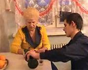 Sperma und Alk für ne russische Oma