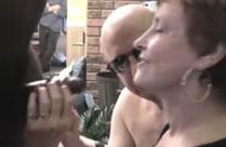 Oma beim Schwanz lutschen gefilmt