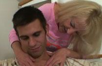 Wenn die Mutter mit dem Stiefsohn