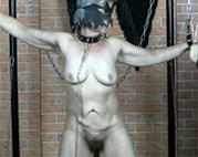 Sklaven Oma bekommt ihre Muschi geleckt