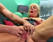 Tabulose Hardcore Oma gebumst