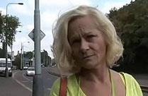 Tschechische Oma auf der Strasse gecastet