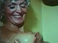Vintage Omaporno mit blonder Omi
