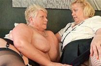 Fette alte lesbische Omas in Aktion